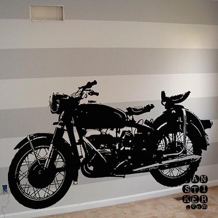 Мотоцикл Ретро