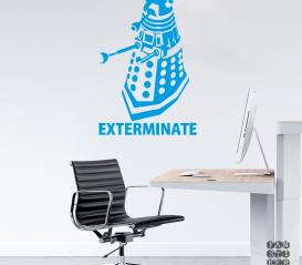 """Виниловая декоративная интерьерная наклейка на стену Далек """"Exterminate"""""""